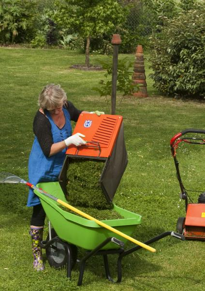 Designed for gardening, with notches to carry some tools